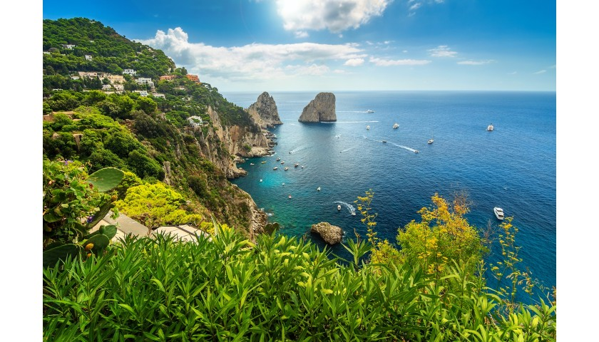 Idyllic Isle of Capri Escape