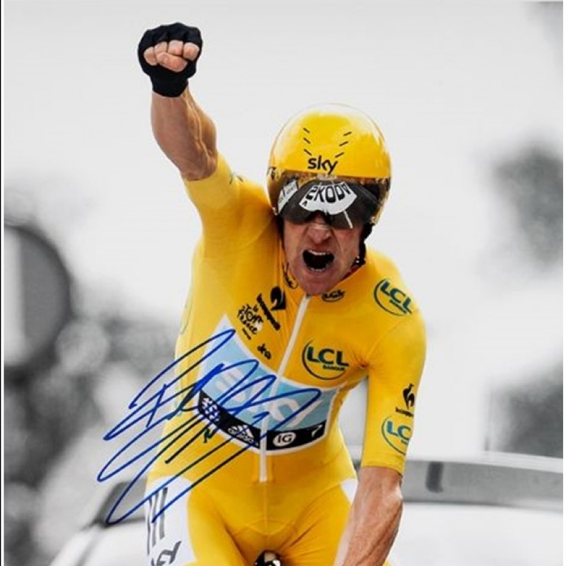 Sir Bradley Wiggins Signed & Framed Photo Display
