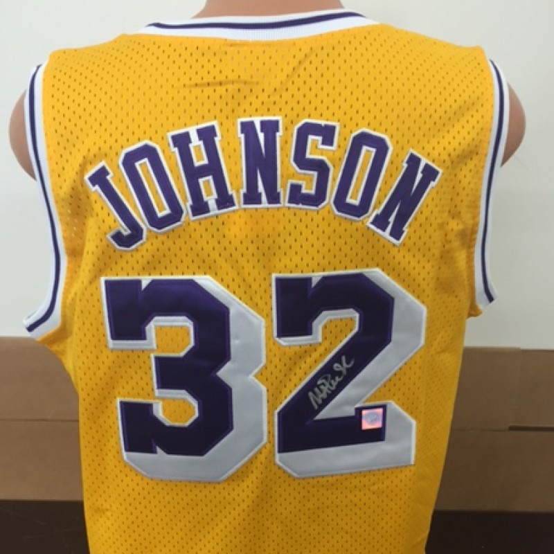 Maglia dei Lakers autografata da Magic Johnson