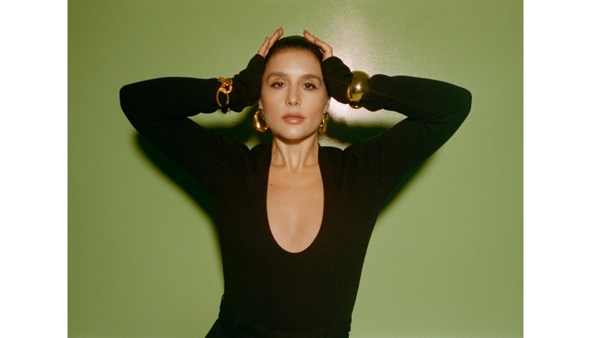 Personalised Video Performance by Jessie Ware