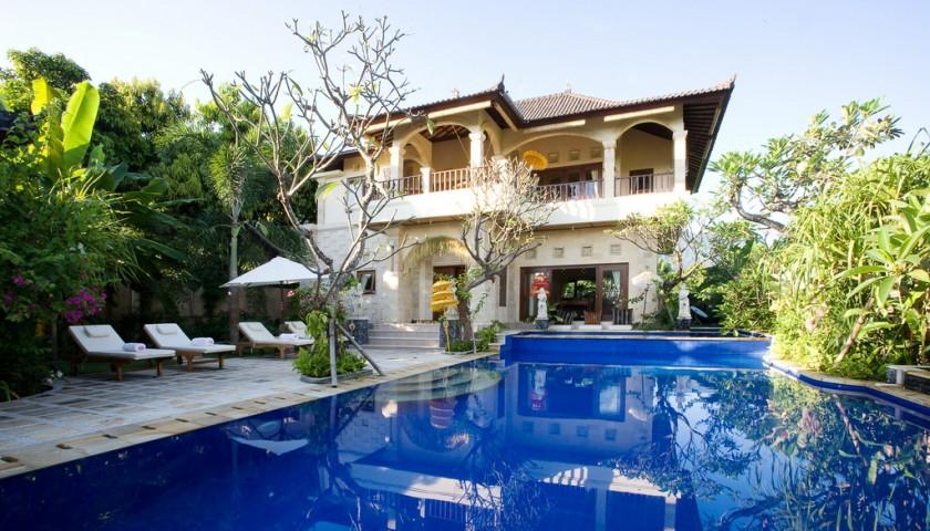 Private Luxury Villa in Bali for 8