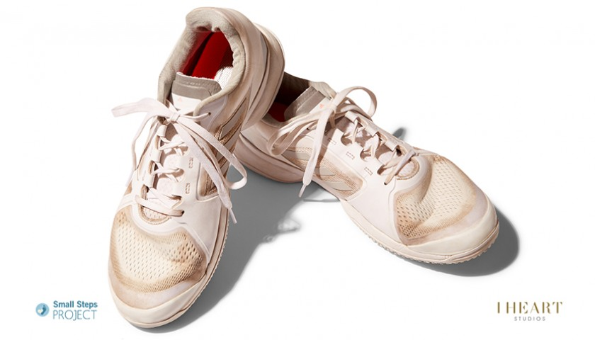 Garbiñe Muguruza Signed Shoes