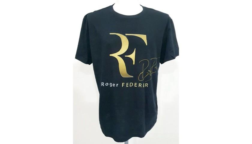 Official Roger Federer Signed T-Shirt