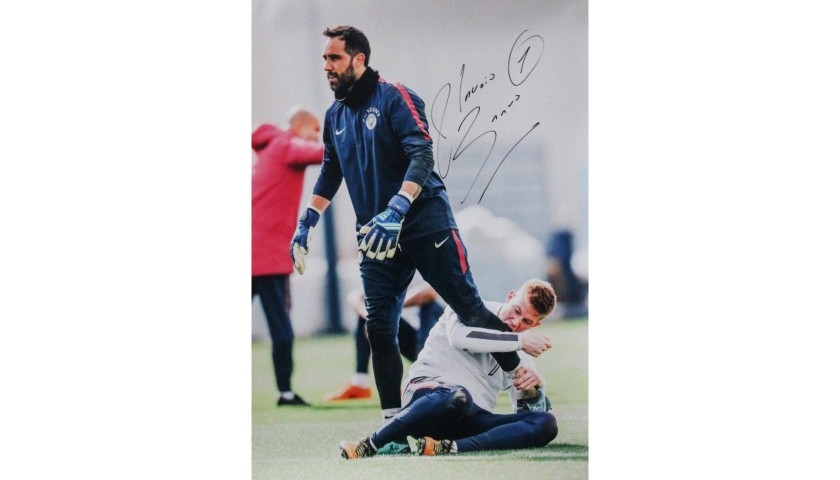 Claudio Bravo & Kevin De Bruyne Manchester City FC A2 Signed Photograph