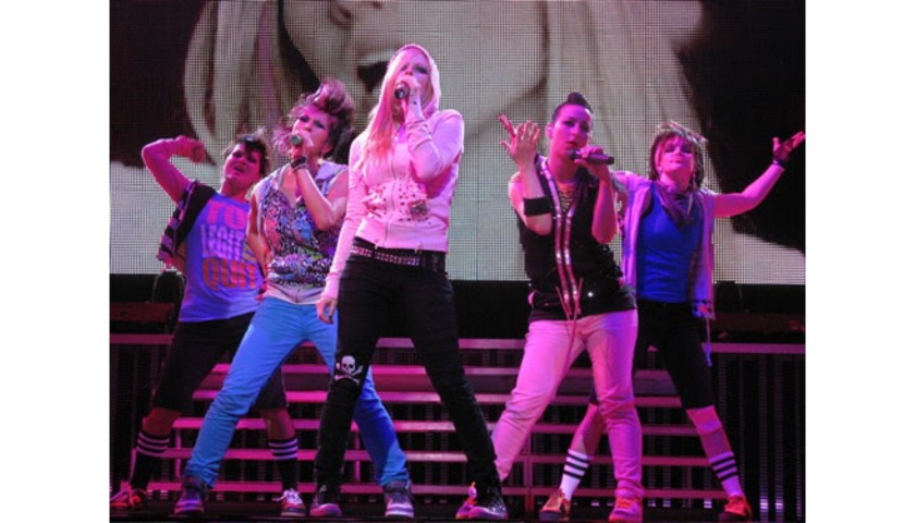 Avril's Dancer Outfit: Blue Pants