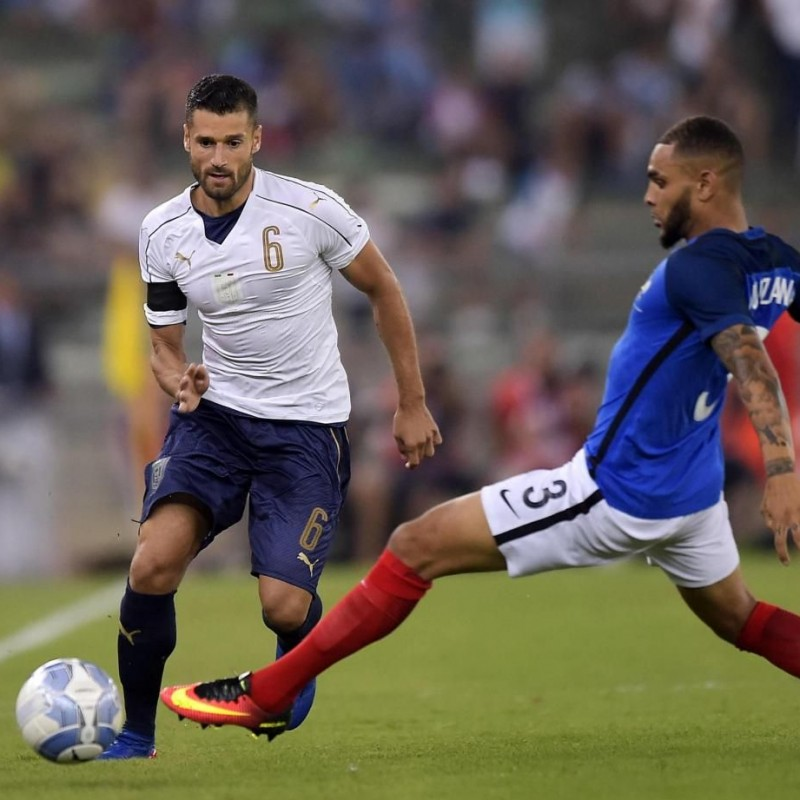 Candreva's Match-Issue/Worn Italy-France Friendly 2016 Shirt