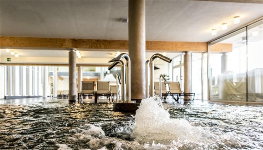 Soggiorno per 2 persone presso Aqualux Spa Suite&Terme a Bardolino ...