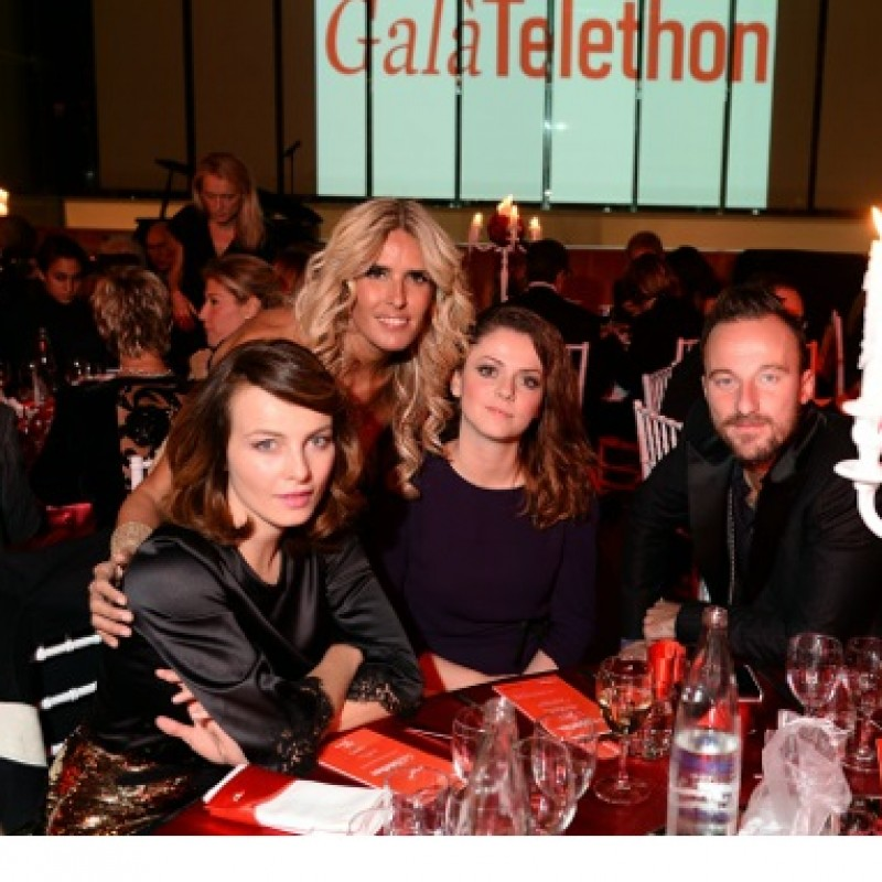 Two seats at the Galà Telethon dinner with the stars