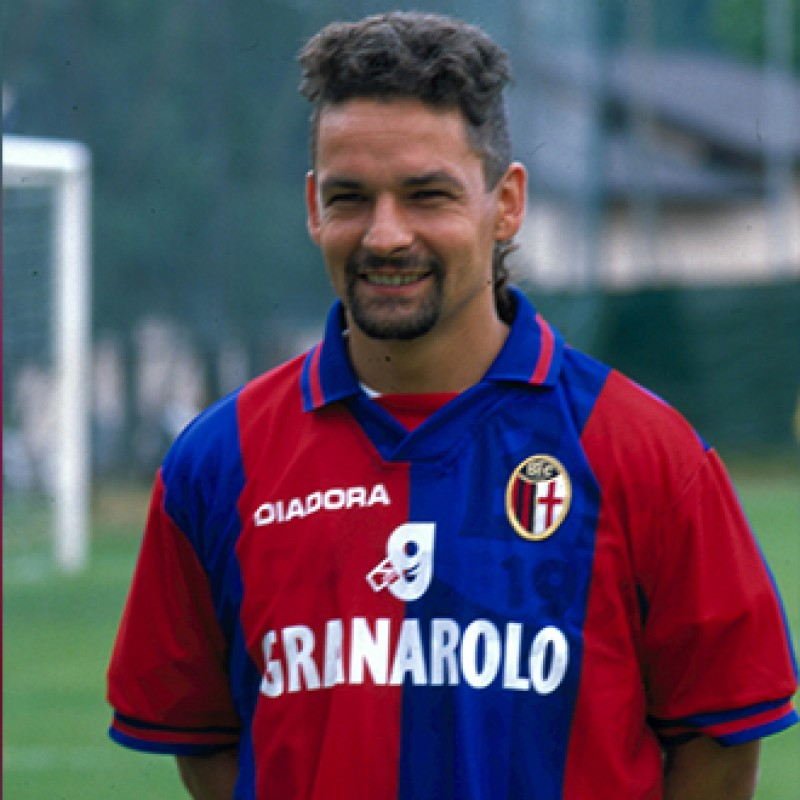 Baggio's Signed Match-Worn Bologna Shirt, 1997/98