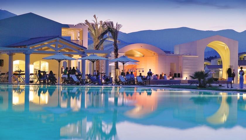 Vacanza per 2 persone all inclusive eden village sicilia sardegna puglia charitystars - Villaggio giardini naxos all inclusive ...