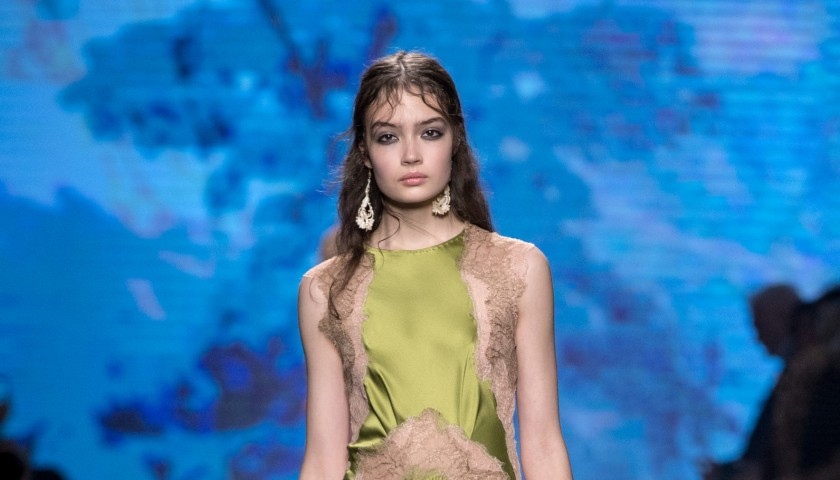 Attend ALBERTA FERRETTI Fashion Show S/S 2017 | 2 seats