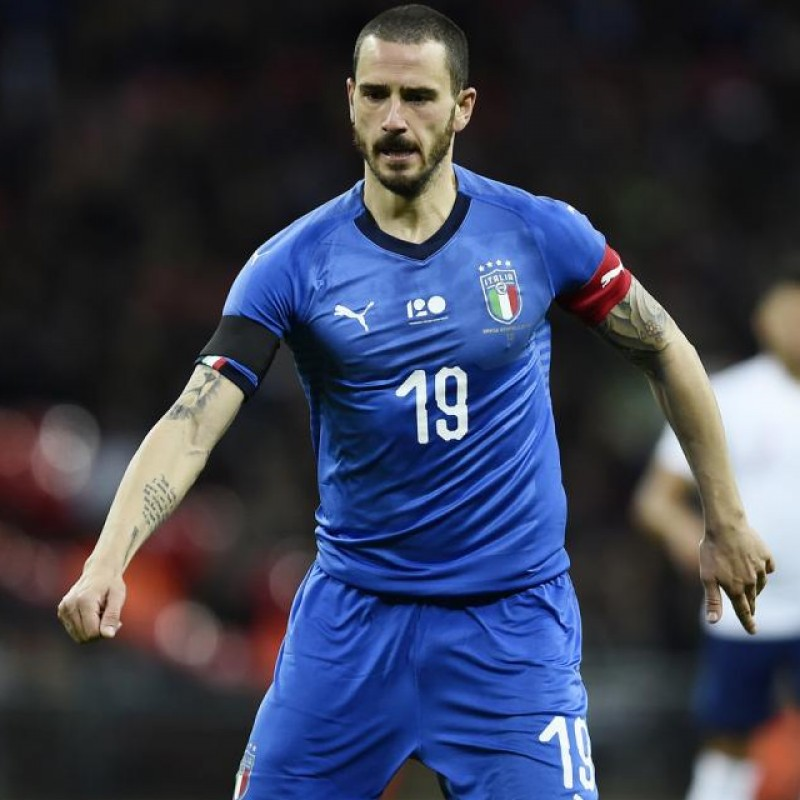 Bonucci's Italy vs Netherlands Match-Issue Signed Shirt