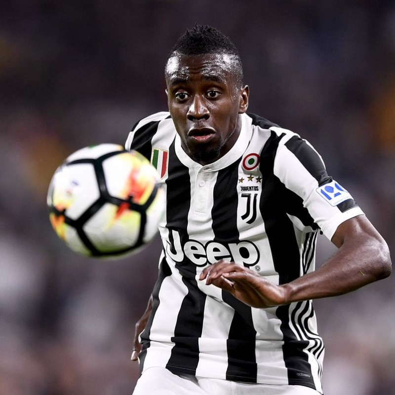 Matuidi's Worn and Unwashed Juventus-Bologna Shirt with 120 anni FIGC Patch