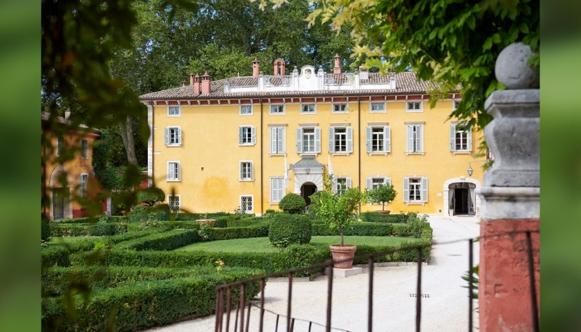 Enjoy a Two-Night Stay for Two at Villa Cordevigo Wine Relais