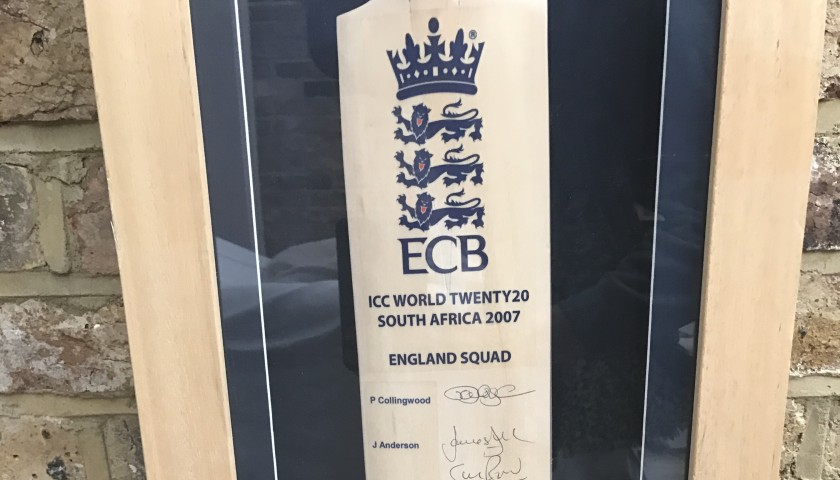 Signed England Cricket Bat from the ICC World Twenty20.