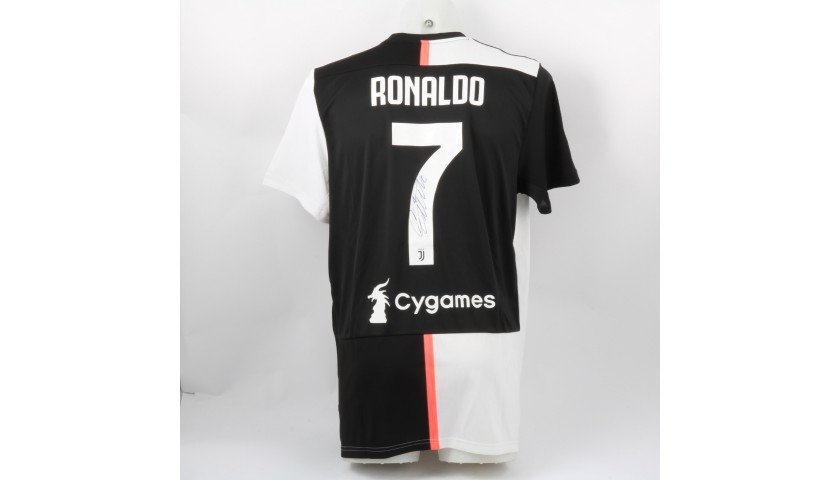 reputable site d2d85 b3fb9 Ronaldo's Official Juventus 2019/20 Signed Shirt - CharityStars