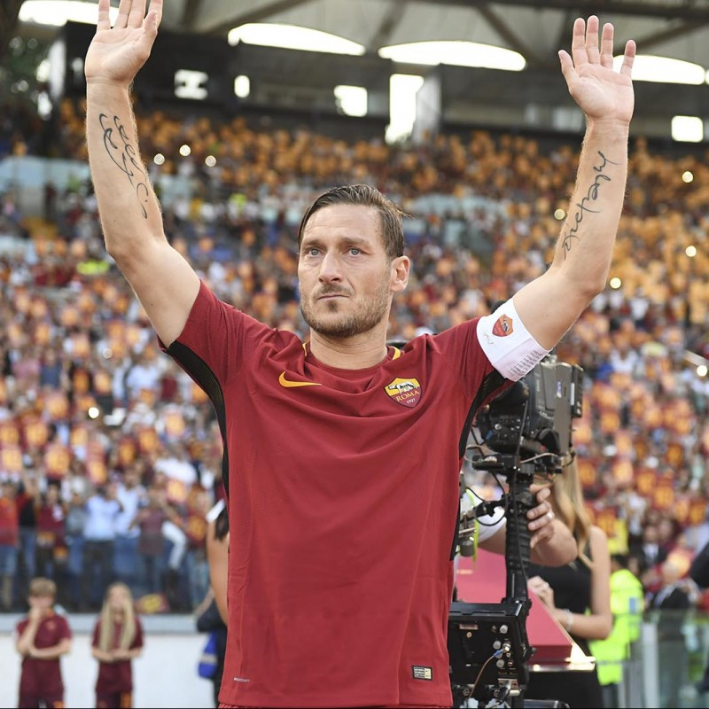 Totti's Authentic AS Roma Signed Shirt, 2017/18