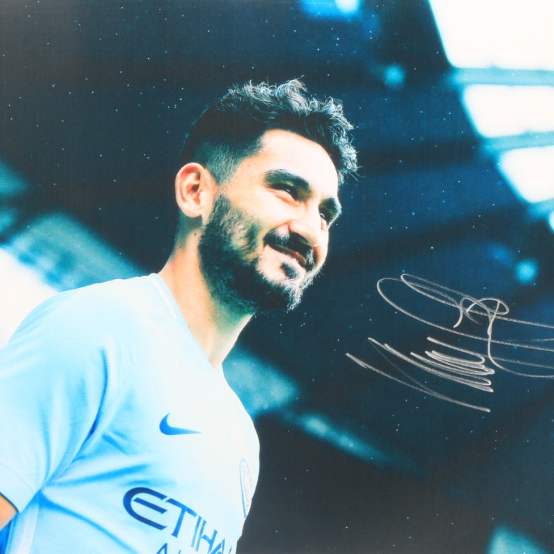 """Match Day"" Gündoğan Manchester City Signed Photograph"