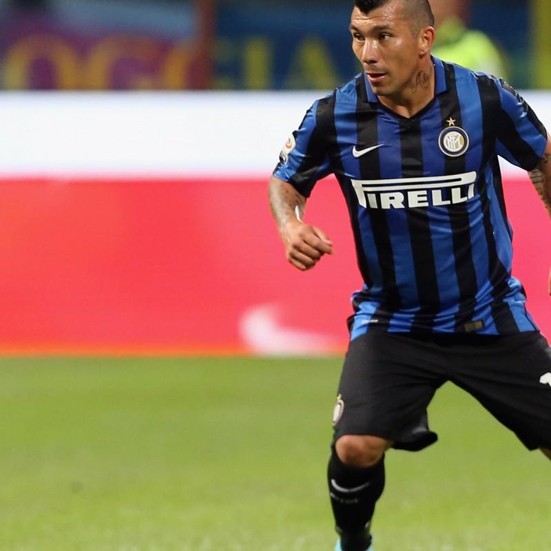 Medel shirt, issued Inter-Milan 13/09/2015 - special shirt