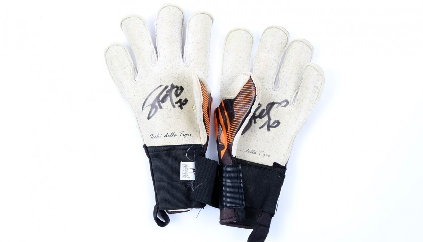 Sorrentino's Worn and Signed Goalkeeper's Gloves - #InCampoConSte