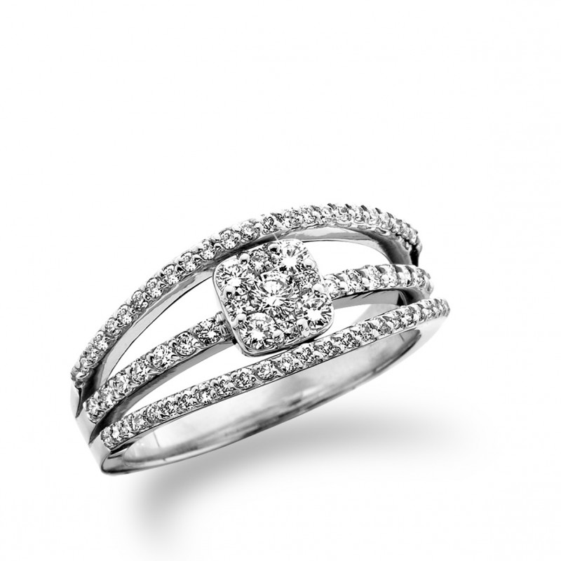 14KT White Gold Split Shank Diamond Ring