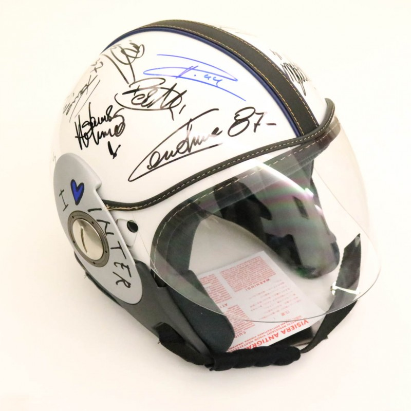 'I Love Inter' Helmet - Signed by the 2018/19 Season Players