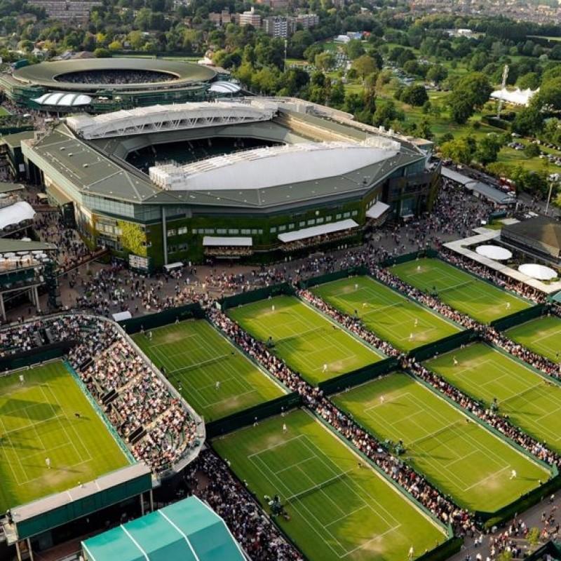 Enjoy a Wimbledon Tour for two