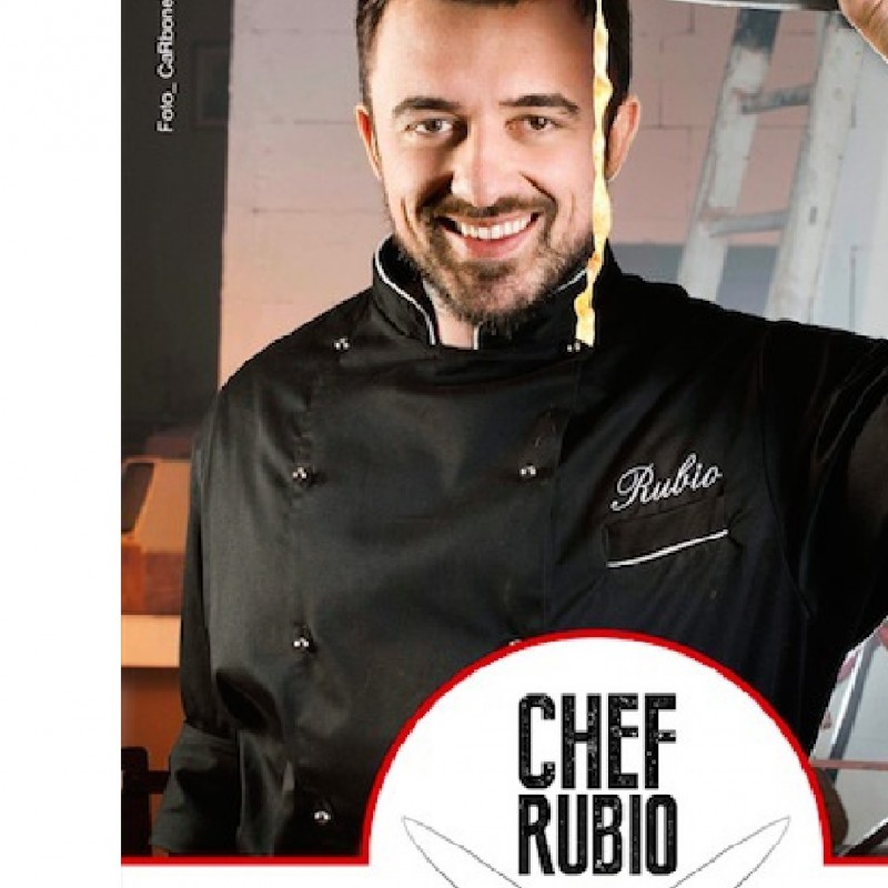 Chef Rubio cooks at your home