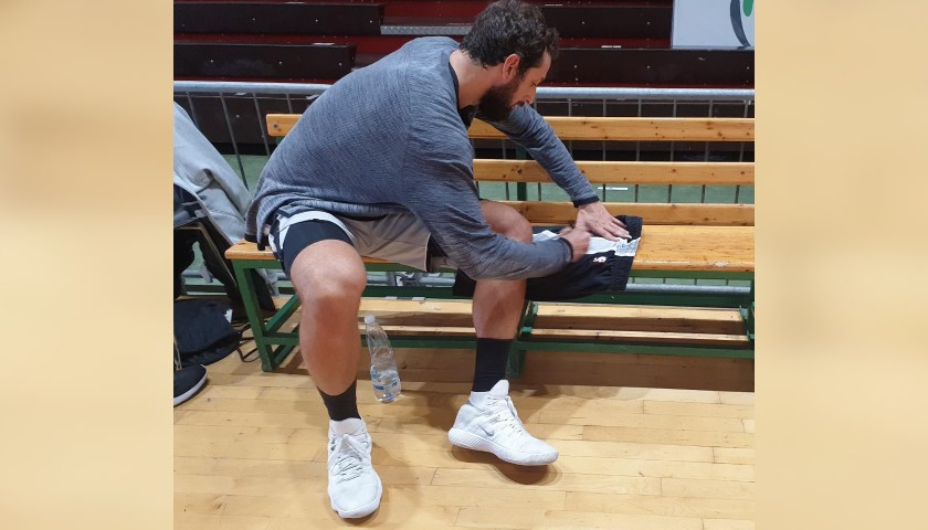 Belinelli's Spurs Worn and Signed Shorts, 2020