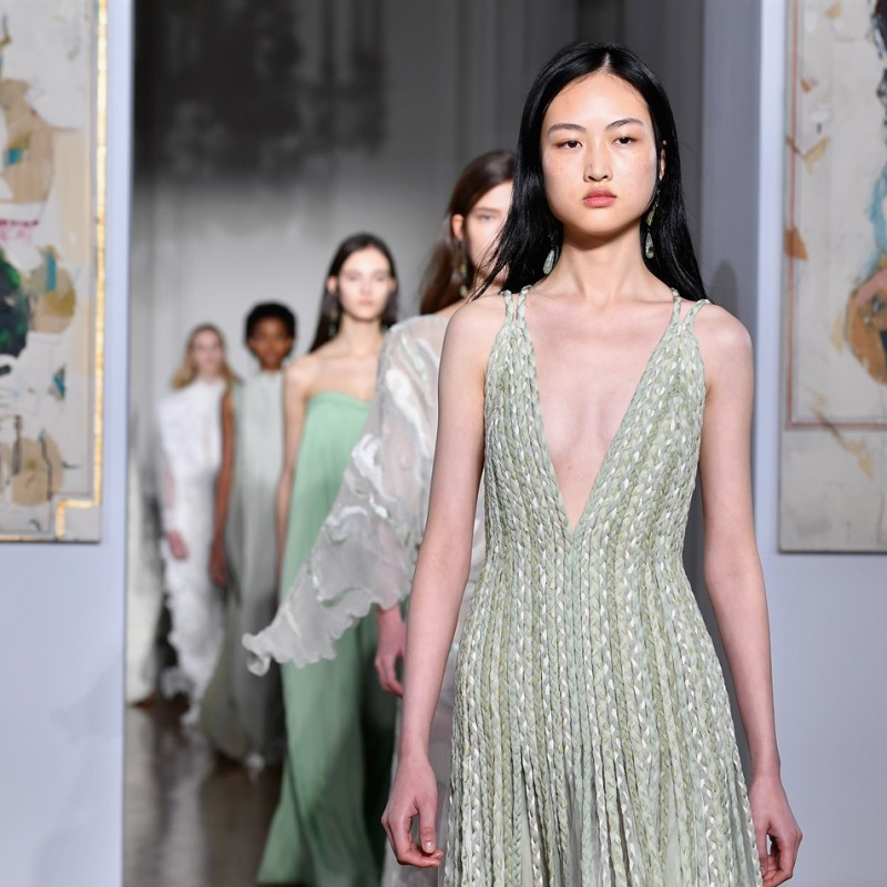 Attend the Valentino - Haute Couture Paris Show S/S 2019