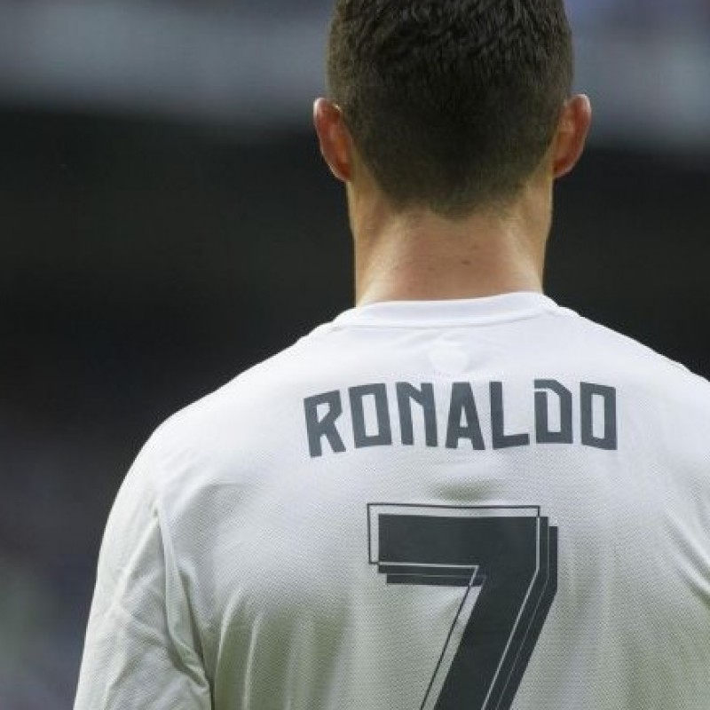 Official Ronaldo Real Madrid shirt, La Liga 15/16 - signed