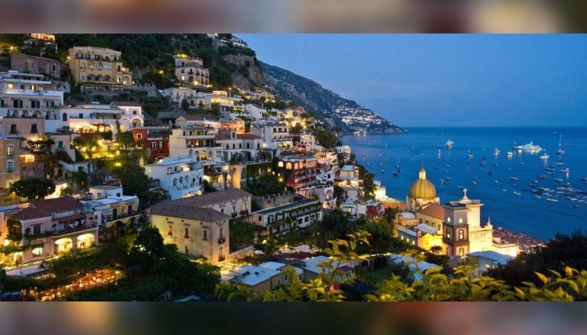 Soggiorno Di 2 Notti Per 2 Persone In Costiera Amalfitana Charitystars