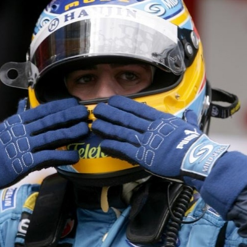 Fernando Alonso's 2006 Issued/Worn Puma Gloves