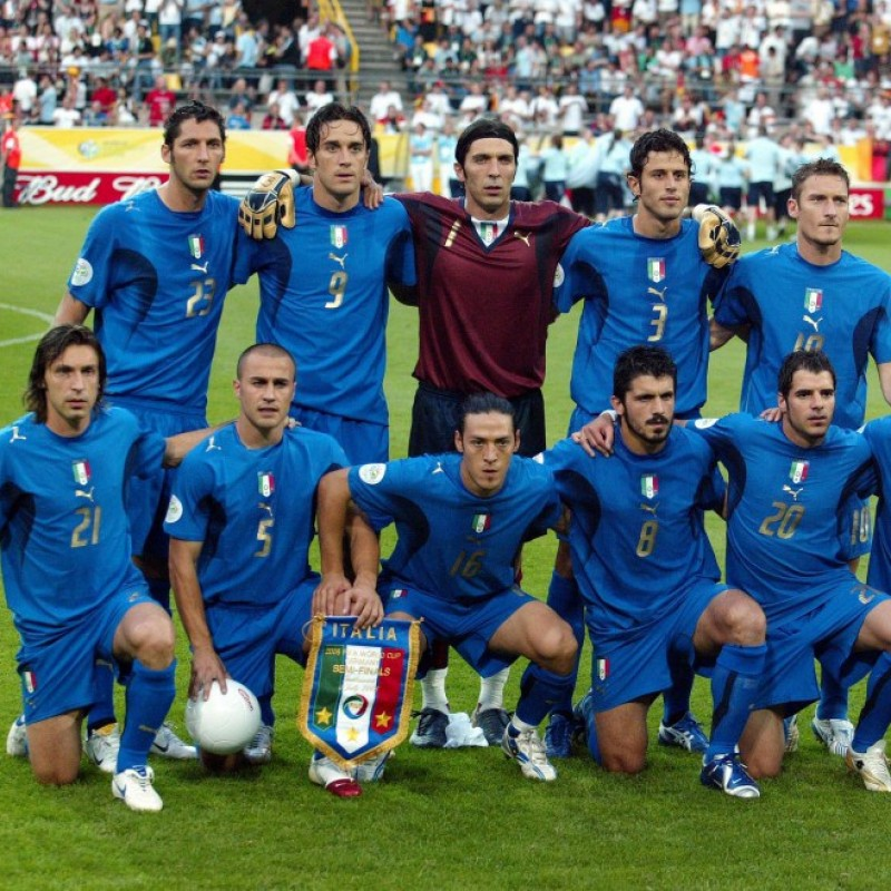 Germany-Italy 2006 Pennant - Signed by Lippi