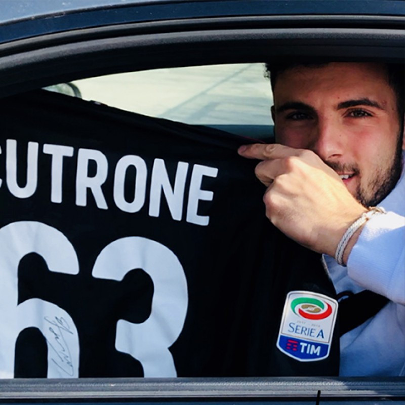 Cutrone's Signed Official 2017/18 Milan Shirt
