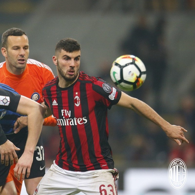 Cutrone's Unwashed Match-Worn Milan-Inter Shirt with Special Patch