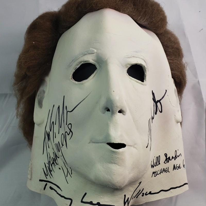 "Michael Myers ""Halloween"" Hand Signed Mask"
