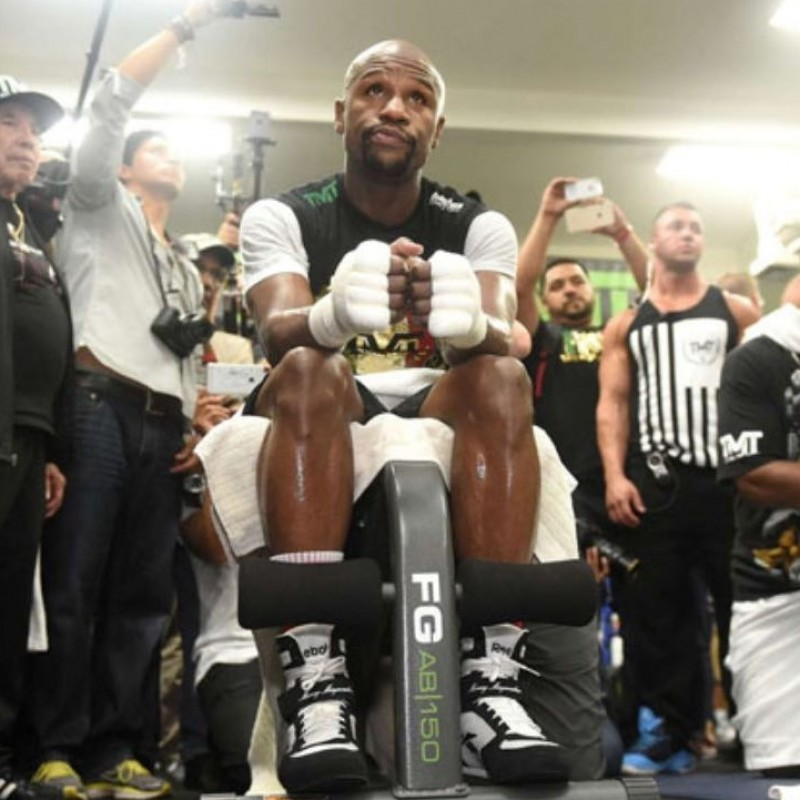 Mayweather's Training Hand Wrap from 2015 Fight Against Paquiao