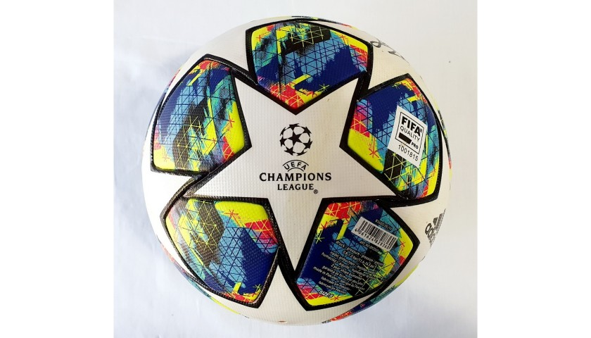 Match-Ball Barcelona-Inter, Champions League 2019/20 - Signed by Messi