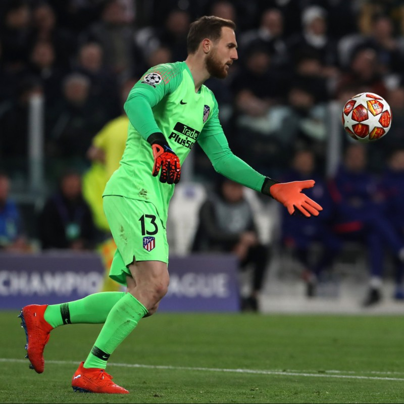 Puma Gloves Worn by Jan Oblak