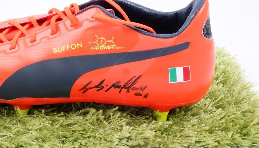 Scarpe Puma Buffon, preparate 201314 Autografate