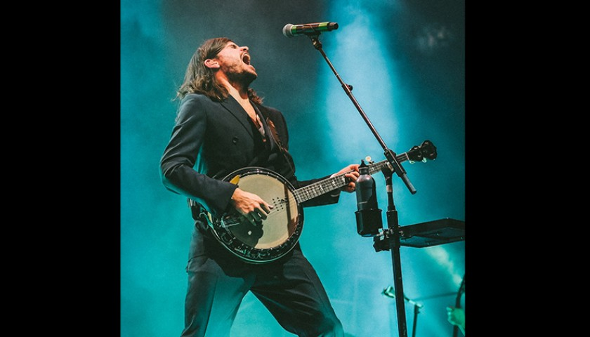 Signed Mumford & Sons Banjo and Lesson With Winston Marshall