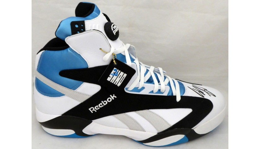Shaquille O'Neal Signed Shoe
