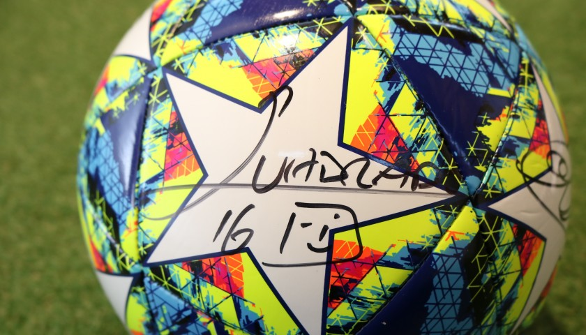 Official UCL 2019/20 Football - Signed by the Juventus Squad