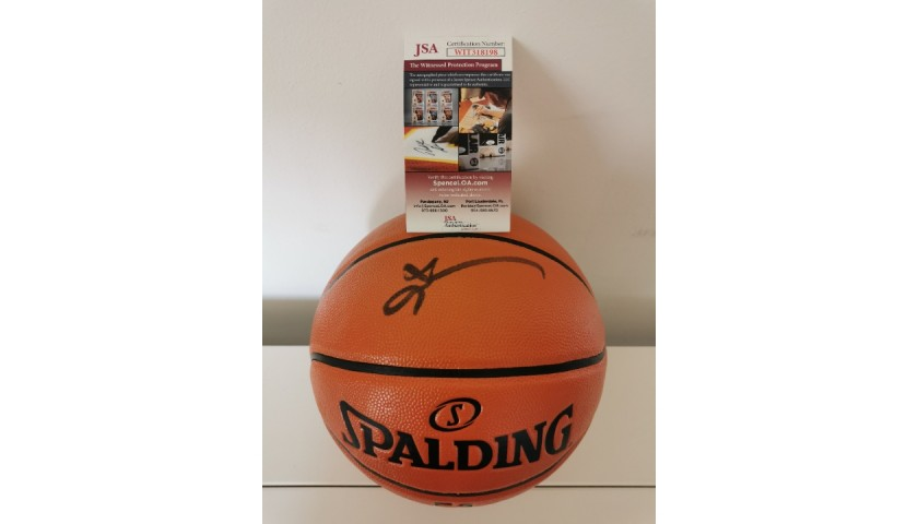 NBA Ball Signed by Allen Iverson, Philadelphia 76ers