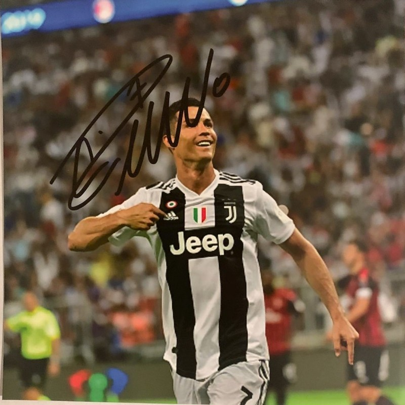 Photograph Signed by Cristiano Ronaldo