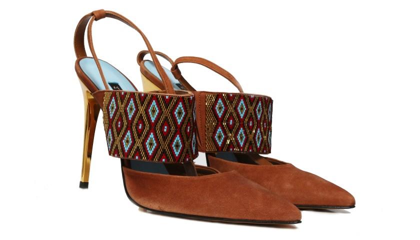 huge discount a776b 16712 Manila Grace Aztec Shoes - CharityStars