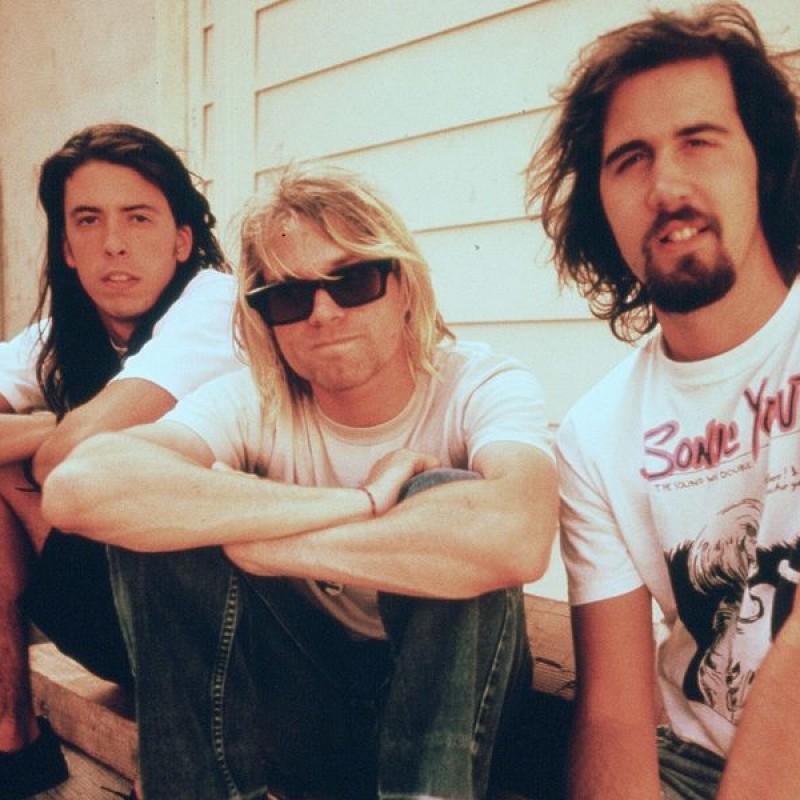 Nirvana Guitar with Digital Signatures