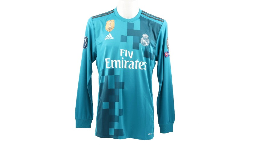 detailed pictures ede84 fb6d7 Ronaldo's Match-Issue Signed Shirt, Juventus-Real Madrid - CharityStars