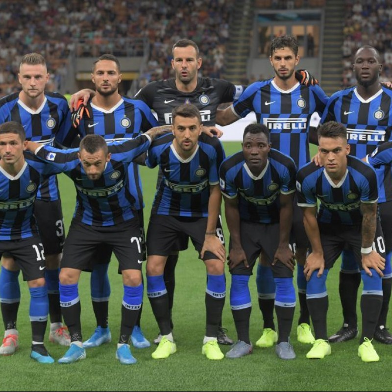Official Inter Football 2019/20  - Signed by the Squad